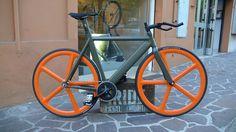 La Bomba - Iride Fixed Modena - #Iridemodena #fixedgear #scattofisso #fixie #bicycle
