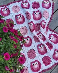 Embroidery for Beginners & Embroidery Stitches & Embroidery Patterns & Embroidery Funny & Machine Embroidery Crochet Owl Blanket, Crochet Afgans, Crochet Fox, Manta Crochet, Crochet Blanket Patterns, Chevron Crochet Patterns, Crochet Squares, Free Machine Embroidery Designs, Embroidery For Beginners