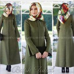 Iranian Women Fashion, Islamic Fashion, Muslim Fashion, Modest Fashion, Girl Fashion, Fashion Dresses, Muslim Dress, Hijab Dress, Modele Hijab