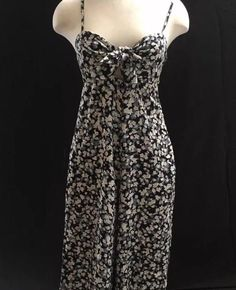7ea463511ccb5 Billabong Floral Jumpsuit  Size Medium  New With Tags  fashion  clothing   shoes