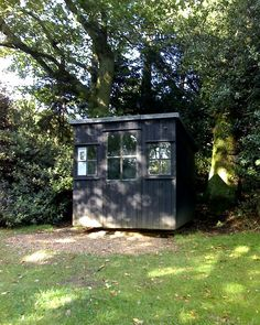 Shaw's writing hut - George Bernard Shaw - Wikipedia, the free encyclopedia.The movable hut in the garden of Shaw's Corner, where Shaw wrote most of his works after 1906, including Pygmalion.
