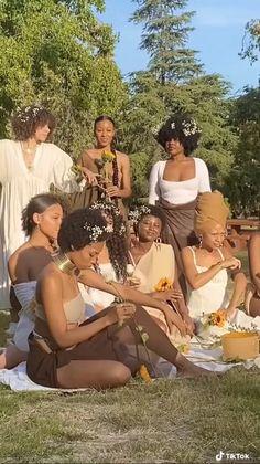 Beautiful Black Girl, Pretty Black Girls, Black Love, Photographie Indie, Besties, Photoshoot Themes, Black Girl Aesthetic, Boho Aesthetic, Brown Skin Girls