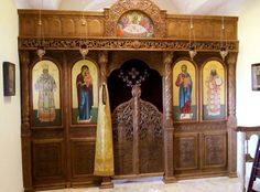 Side chapel at St. Paisius Monastery with Icon of St. John of San Francisco on the right side next to the Icon of Christ. Byzantine Icons, Roman Catholic, Cathedrals, Wood Carving, Fresco, Altar, Baroque, Christianity, Architects