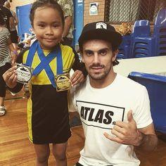 @junezlilbeast  is a little champion! It was great to watch you representing @theatlasbrand yesterday at the Sydney Cup! Congratulations Junez!  #bjj #brazilianjiujitsu #jiujitsu #jiujitsulifestyle #graciebarra #gracie #gb72 #ufc #mma #atlas #atlasfightwear #nwarmy #nutritionwarehouse #fingatepu #beejayjaydojo by davidwillisbjj