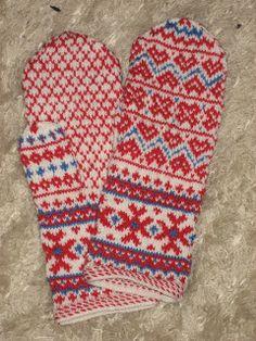 Gerds lille tankekott: Samisk and Fair Isle Knitting, Knitting Yarn, Hand Knitting, Knitting Patterns, Crochet Patterns, Mittens Pattern, Knit Mittens, Knitted Gloves, Lappland