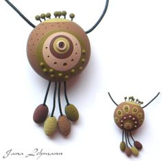 Jana Lehmann is featured on The Polymer Arts magazine's blog with this beautiful necklace which combines both organic and graphic styles. www.thepolymerarts.com