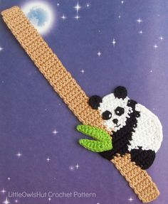 136 Crochet Pattern Baby Panda Bookmark or decor por LittleOwlsHut