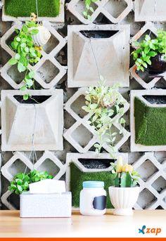 O jardim vertical pode fazer parte de vários ambientes, além de deixar o cômodo mais bonito e trazer ar puro para dentro de casa. Saiba como ter o seu agora mesmo: