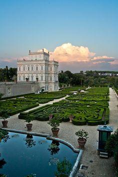 Il Casino del Bel Respiro, Villa Pamphili, Rome, Italy. (by luigig75 on Flickr) Lazio