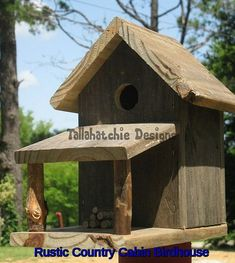 Rustic Country Cabin Birdhouse Rustic by TallahatchieDesigns Wooden Bird Feeders, Bird House Plans, Bird Houses Diy, Reclaimed Barn Wood, Yard Art, Wood Projects, Cabin, Outdoor Decor, Rustic Birdhouses