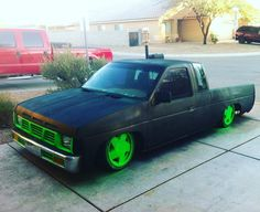 Oh I remember building this.  Haha. #automafiaracing #partspassionperformance #jointhefamily #hardbody #d21 #nissan #k24a2 #dropped #slammed #bagged #layframe #lownslow
