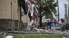 08/06/2017 - Rare August tornado sends 30 to hospital in Tulsa; no deaths