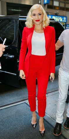 Gwen Stefani rocks cherry red Alutzarra Resort '15.