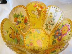 Vintage Greeting Card Basket Bowl in Yellow Card Basket, Crochet Box, Vintage Greeting Cards, Kitsch, Card Boxes, Paper Art, 1960s, Projects To Try, Decorative Boxes