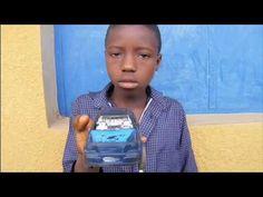 Arqueologia domèstica.   Infants i joves de Bouaké (la Costa d'Ivori) ens expliquen quins són els seus objectes preferits.