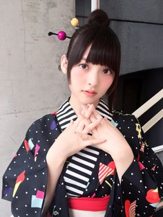 上阪すみれ 公式ブログ Powered by LINE Asian Cute, Cute Asian Girls, Cute Girls, Beautiful Japanese Girl, Japanese Characters, Yukata, Japanese Kimono, Kawaii Girl, Tumblr Girls