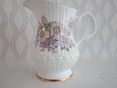 Delicious Royal Stuart Tara Hall Sugar & Creamer Galway Ireland Lilac Pattern Ceramics & Porcelain