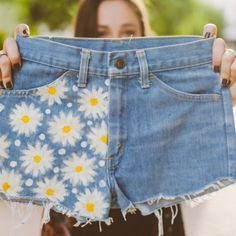 How cute are these high-waisted #daisy #dukes? Perfect for a fun and flirty #summer! Plus, 10% of the profit goes to St. Jude Children's Research Hospital: https://www.kharity.com/product/183/Daisy-Duke-Shorts