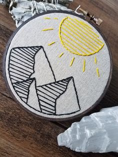 This hand embroidery by MacuNana