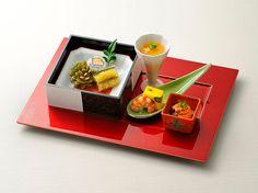 ウエディング 料理・ケーキ 日本料理|最高の結婚式場での結婚式・ウエディングをお考えなら東京のホテル椿山荘東京で。