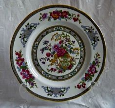 Paragon Fine Bone English China Red Floral Tree of Kashmir Collectors Plate
