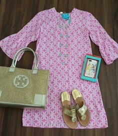 OOTD 2/23/14  ESCAPADA Charleston tunic dress JACK ROGERS sandals in gold TORY BURCH Ella mini metallic in gold KATE SPADE iPhone 5 cover MONKEE'S jewelry