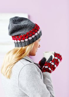 Näin neulot kuplaneuleesta ihanan pipon ja lapaset | Kodin Kuvalehti Knit Crochet, Crochet Hats, Beanie Hats, Beanies, Mittens, Knitted Hats, Shawl, Knitting Patterns, Winter Hats