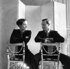 True Love ~ The Duke and Duchess of Windsor (King Edward VIII and Wallis Simpson) Wallis Simpson, Eduardo Viii, French Icons, Cecil Beaton, Isabel Ii, Herzog, Famous Couples, British Monarchy, Royal Families