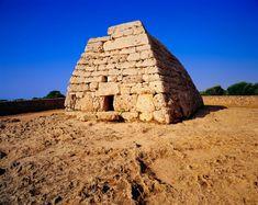 Naveta des Tudons (Menorca) La tumba más antigua de Europa