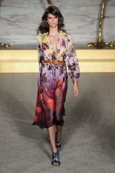 A look from Matthew Williamson's spring 2015 collection show. Photo: Imaxtree