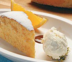 Entrada, plato principal y… Torta de Naranja! #DonatoTips: Poné un papel manteca para que no se pegue durante la cocción. Antes de desmoldar dejá que la torta se enfríe unos minutos. #recetas #postresydulces #tortas