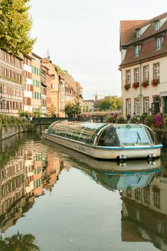 Strasbourg, France > the BATORAMA: Guided tours of Strasbourg on river boats ~~ http://www.batorama.com/