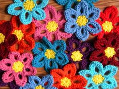 Crochet Spring Flower Garland great tutorial, thanks so for sharing xox