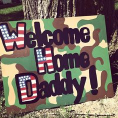 these little hands&feet prayed for your save return. Military Homecoming Signs, Homecoming Posters, Military Signs, Military Love, Homecoming Ideas, Welcome Home Posters, Welcome Home Banners, Welcome Home Signs, Welcome Home Soldier