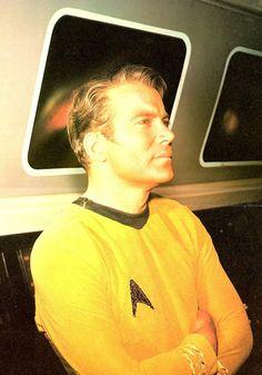 "William Shatner, printed in 1976 UK Magazine called ""Sci-Fi. Star Trek Tv Series, Star Trek Original Series, Star Wars, Star Trek Tos, Star Trek Episodes, Star Trek 1966, I See Stars, William Shatner, Star Trek Universe"