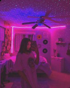 Neon Bedroom, Room Ideas Bedroom, Bedroom Inspo, Adult Bedroom Decor, Hippie Bedroom Decor, Rock Bedroom, Bedroom Signs, Diy Bedroom, Girls Bedroom
