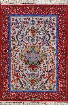Esfahan Persian Rug, Buy Handmade Esfahan Persian Rug