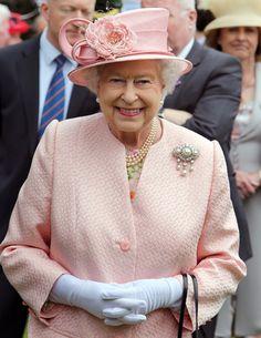 Queen Elizabeth II Photos: Queen Elizabeth II Visits Northern Ireland