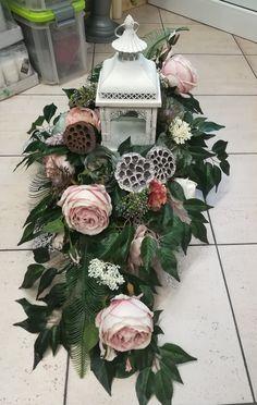 Grave Flowers, Funeral Flowers, Silk Flowers, Balloon Centerpieces, Christmas Centerpieces, Christmas Decorations, Funeral Flower Arrangements, Flower Arrangements Simple, Deco Floral