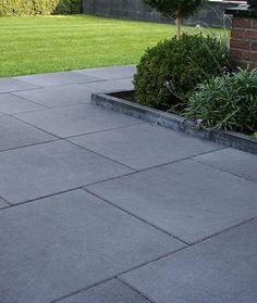 Backyard Garden Design, Diy Garden Decor, Patio Design, Backyard Patio, Backyard Landscaping, Paving Stone Patio, Outdoor Paving, Bluestone Patio, Concrete Patios