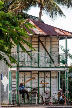 Vieille maison créole sur Basse-Terre en Guadeloupe.
