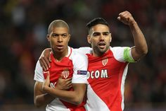 Monaco's French forward Kylian Mbappe Lottin (L) and Monaco's Colombian forward Radamel Falcao celebrate after Mbappe opened the scoring during the UEFA Champions League 2nd leg quarter-final football match AS Monaco v BVB Borussia Dortmund on April 19, 2017 at the Louis II stadium in Monaco.  / AFP PHOTO / Valery HACHE
