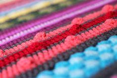 http://haakmaarraak.nl/free-crochet-pattern-rainbow-sampler-blanket/; The rainbow sampler blanket is a free crochet pattern on haakmaarraak.nl!