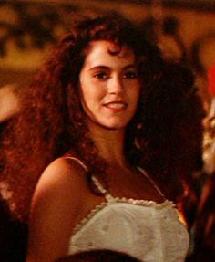 The Lost Boys, Star, aka Jamie Gertz I have spent my entire life wishing I looked like her. I am pretty sure if I were a teen od young adult in the I would have had that hair. Lost Boys Movie, The Lost Boys 1987, I Movie, Scary Movies, Great Movies, Horror Movies, 80s Movies, Zack Morris, Teen Actresses