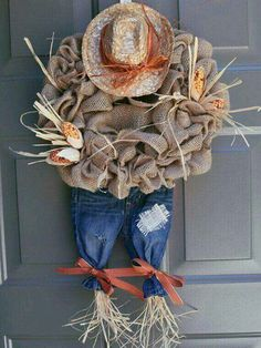 44 Easy and Practical DIY Fall Decor Ideas. To create a fantastic fall decoration you will need a brilliant idea and some unusual elements. If you wish to save a few of these fabulous DIY fall decor i. Thanksgiving Wreaths, Thanksgiving Decorations, Holiday Wreaths, Halloween Door Wreaths, Fall Decorations Diy, September Decorations, Mesh Wreaths, Scarecrow Wreath, Scarecrow Ideas