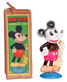 Pre-war celluloid Mickey and gorgeous box. Made in Japan Mickey Mouse And Friends, Disney Mickey Mouse, Minnie Mouse, Mickey Shorts, Classic Mickey Mouse, Disney Collector, Vintage Disneyland, Vintage Mickey, Disney Toys