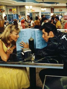 A film still of Olivia Newton-John and John Travolta in 'Grease', Iconic Movies, Old Movies, Indie Movies, Classic Movies, Grease John Travolta, Grease 1978, Mode Collage, Grease Is The Word, Retro Aesthetic