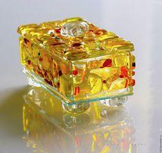 Купить шкатулка из стекла, фьюзинг Для солнечного человека - желтый, солнечный, стекло, Фьюзинг, шкатулка