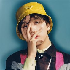 Haechan (해찬) is a South Korean singer under SM Entertainment. He is a member of the boy group NCT and its sub-units NCT NCT Dream, and NCT U. He is a graduated SMROOKIES. In he was cast into SM Entertainment, through SM Weekly Audition. Nct 127, Winwin, Taeyong, Jaehyun, Beatles, Nct Album, Johnny Seo, Na Jaemin, Simon Says