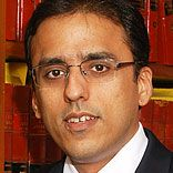 http://www.franchiseindia.com/smallbusiness/2013/images/speakers2013/abhijit-joshi.jpg Mr Abhijit Joshi started his journey with merely 15 lawyers at AZB which has now grown into an organization that has over 200 lawyers.